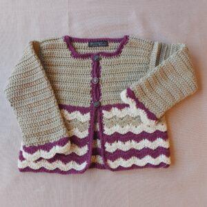 Hæklet babycardigan i merino uld